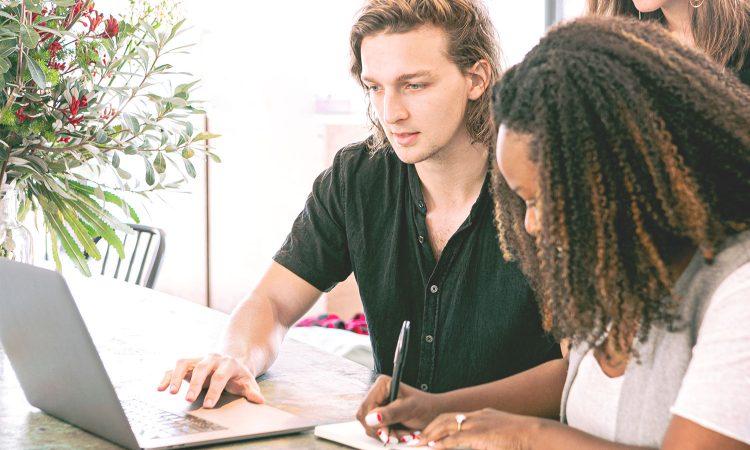 Come fare soldi online? Creare codici QR!